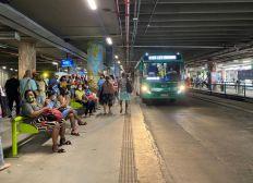 Após paralisação de 4h, ônibus voltam a circular