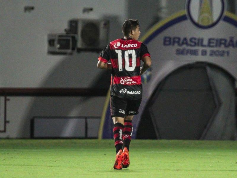 Fora de casa, Vitória encara o Coritiba pelo Brasileirão Série B