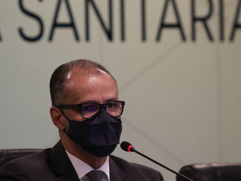 Presidente da Anvisa apela à população que tome segunda dose da vacina