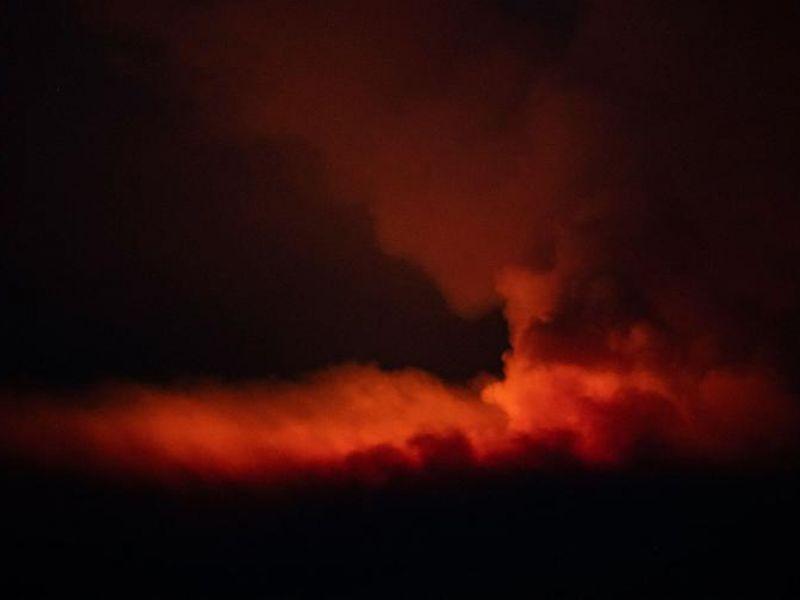 EUA tem evacuações no oeste por causa de grandes incêndios e previsão de raios