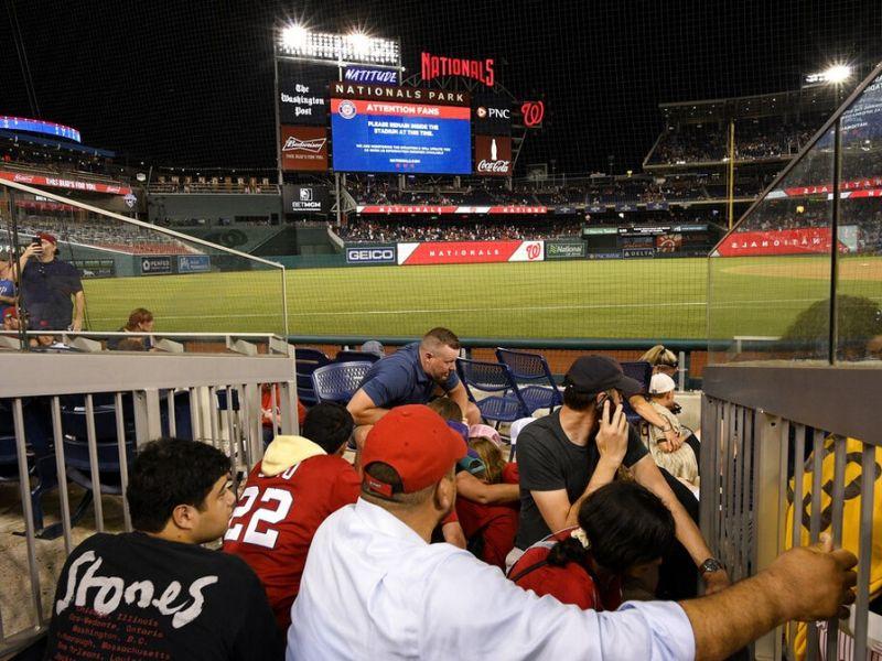 Tiroteio em Washington deixa 4 feridos do lado de fora de estádio de beisebol
