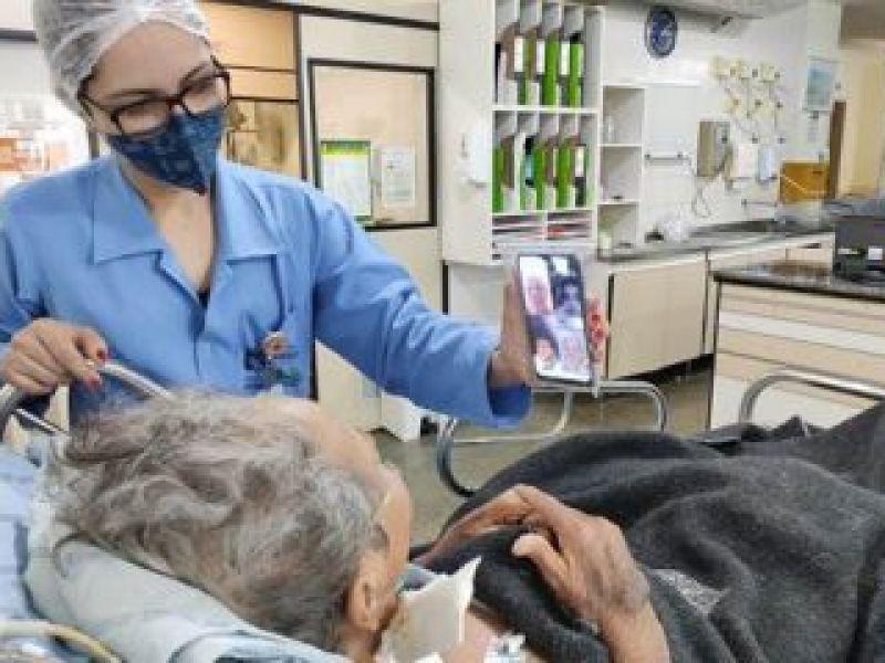 Projeto regulamenta visitas virtuais de familiares a pacientes em UTIs