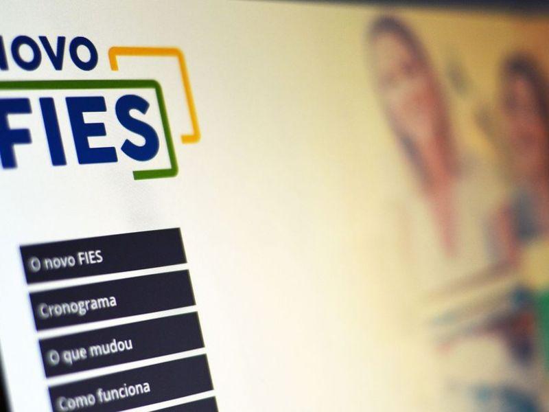 52% dos contratos do Fies têm pagamento atrasado há mais de 90 dias