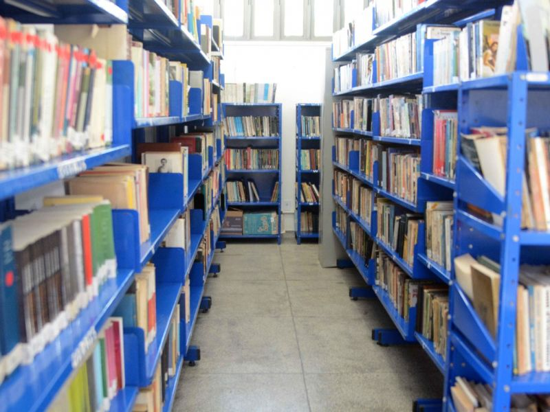 Bibliotecas municipais voltam a receber público em agosto