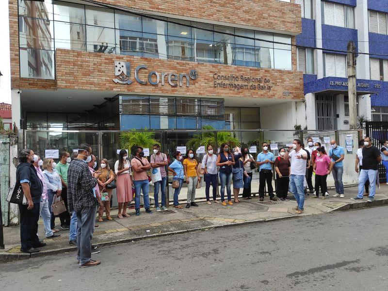 Administração interina do Coren-BA é alvo de protesto