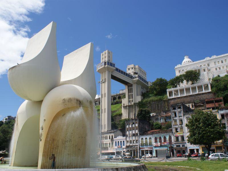 Bruno Reis prevê reconstrução do Monumento à Cidade de Salvador até final do ano