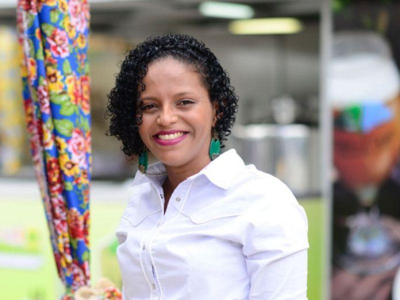 Governo lança programa de apoio à mulher empreendedora nesta terça-feira (27)