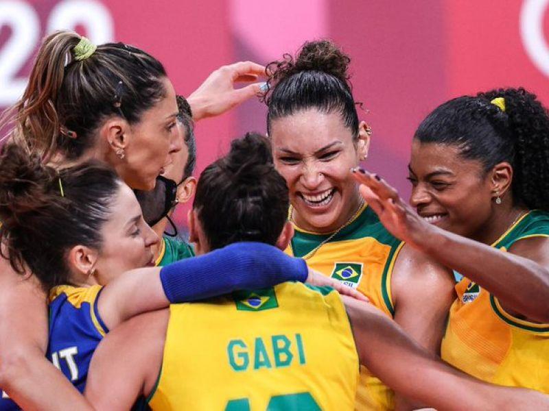 Olimpíadas: Brasil engata a terceira vitória seguida no vôlei feminino