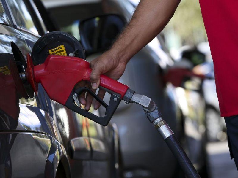 Governo da Bahia nega aumento de ICMS dos combustíveis