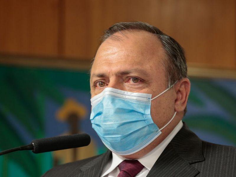 PF ouve Pazuello sobre prevaricação atribuída a Bolsonaro e suspeitas na compra da Covaxin