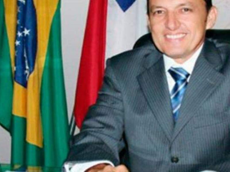 Ex-prefeito de Guanambi é punido pelo TCM-BA por repasse de recursos a time de futebol