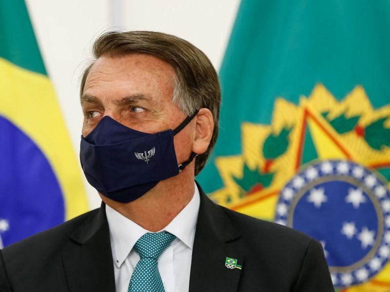 Bolsonaro mente sobre urna e faz maior ataque a sistema eleitoral