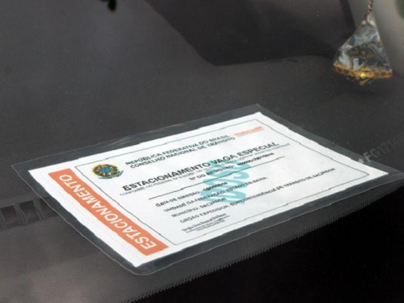Transalvador realiza mutirão de entrega de credencial para vagas especiais