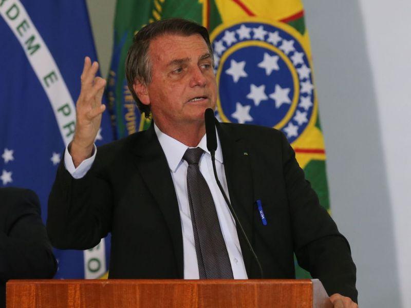 """""""Exemplo para o Brasil quanto à confiabilidade das suas urnas"""", diz Bolsonaro sobre Paraguai"""