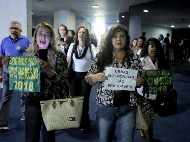 Centrão, aliado de Bolsonaro, vai barrar PEC do voto impresso