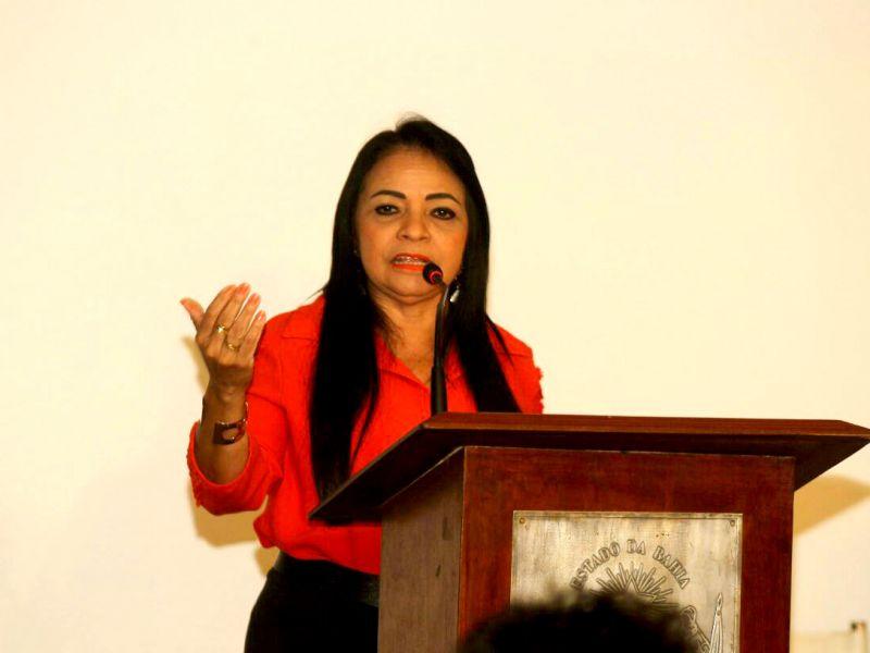 Moema Gramacho prevê programação de réveillon para Lauro de Freitas até setembro