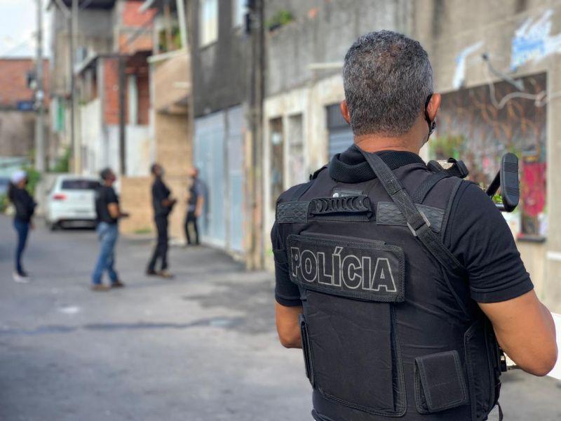 Suspeito de tráfico, acusado de homicídios é preso em Simões Filho