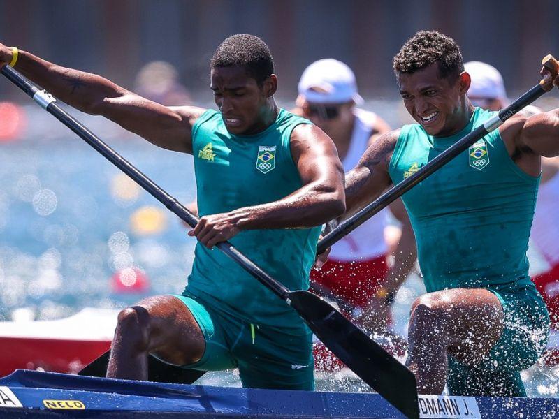 Olimpíadas: Isaquias Queiroz e Jacky Godmann ficam fora do pódio na canoagem