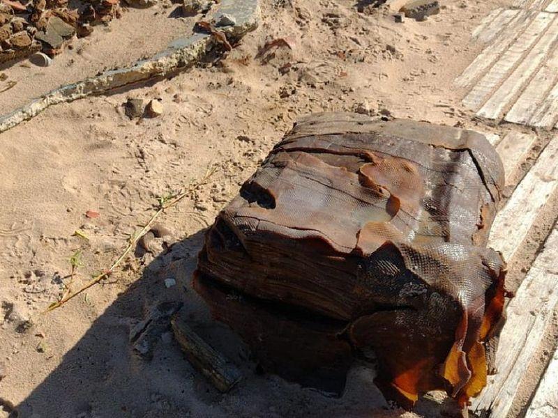 Novas 'caixas misteriosas' aparecem em praias de Salvador