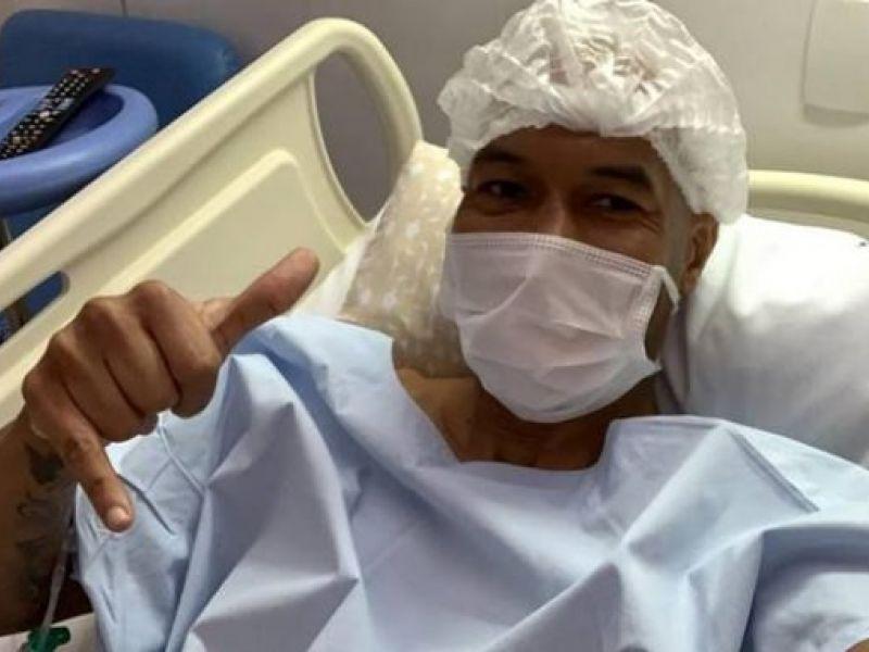 Atacante do Vitória, Dinei, passa por cirurgia no joelho