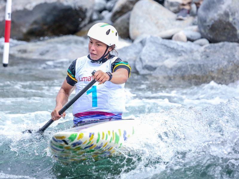 Ana Sátila é prata em eliminatórias da Copa do Mundo de canoagem