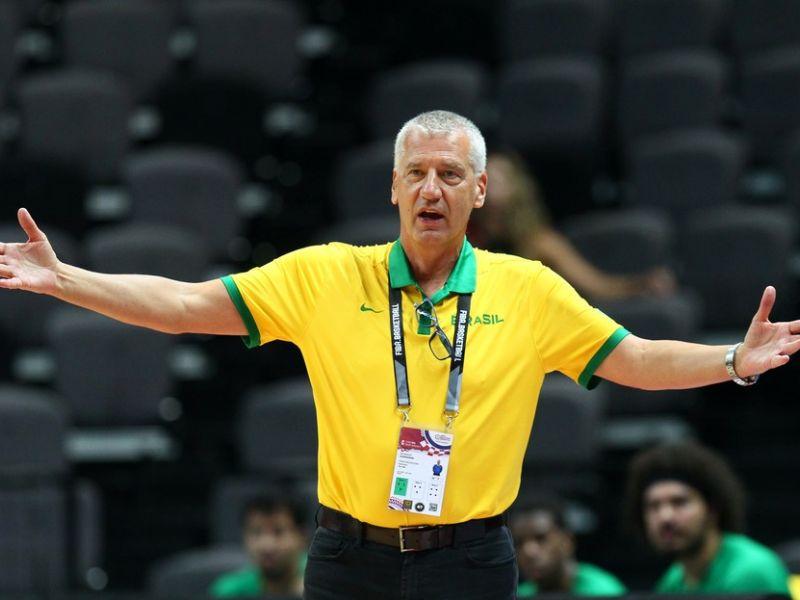 Aleksandar Petrovic deixa comando técnico da seleção de basquete