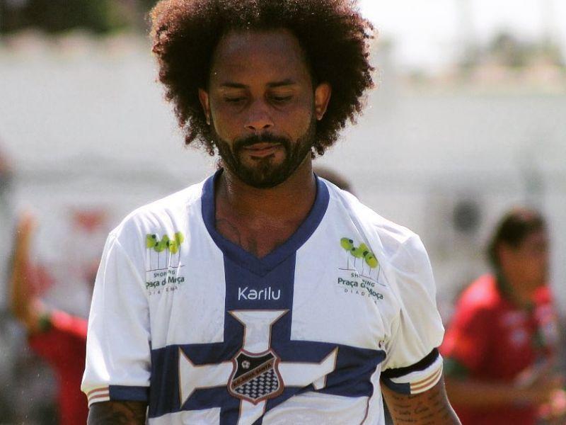 Jornalistas são indiciados por racismo contra jogador