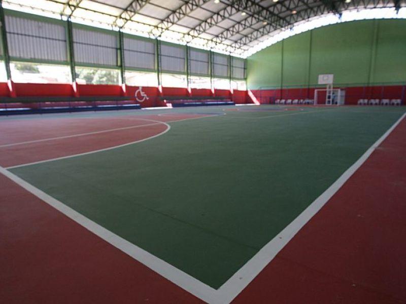 Irajuba recebe ginásio de esportes e terá ampliação de colégio estadual
