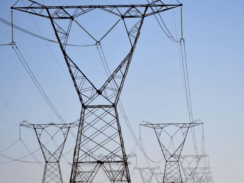 Governo anuncia leilão para compra simplificada de energia em outubro