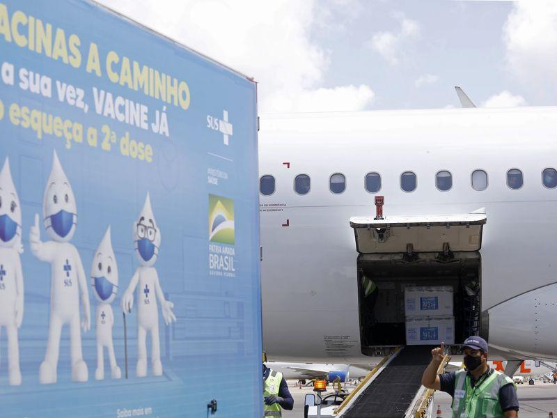 Bahia recebe neste domingo mais 456,3 mil doses da Pfizer