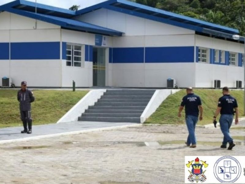 Dois homens são baleados enquanto lavavam carro em Vera Cruz
