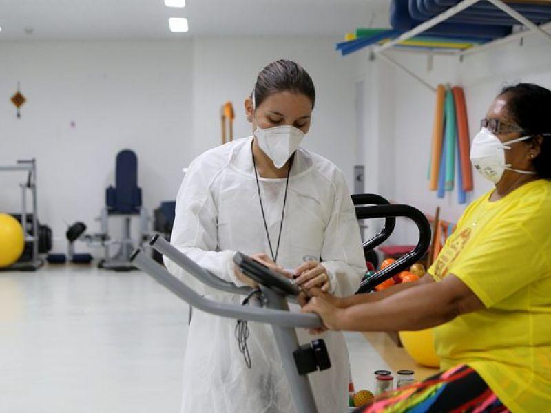Serviço de reabilitação pós-Covid reintegra pacientes em Salvador