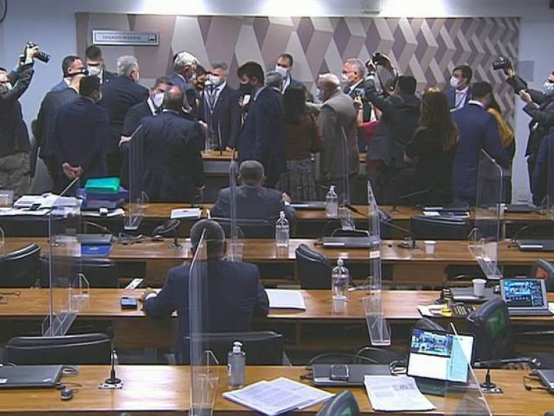 """CPI termina em discussão após ataque de Wagner Rosário a Simone Tebet: """"descontrolada"""""""