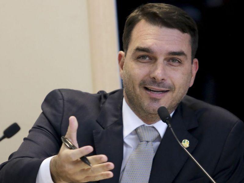 STJ adia julgamento de recurso de Flávio Bolsonaro no caso das 'rachadinhas'