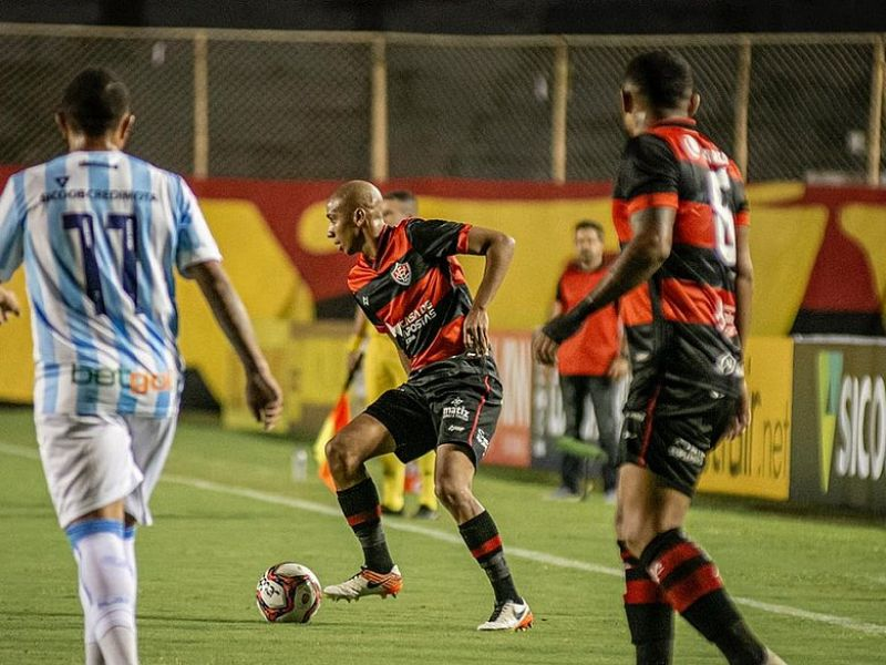 Vitória enfrenta o Londrina no próximo sábado