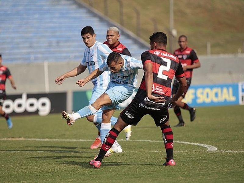 Vitória perde por 1x0 ao Londrina em duelo contra rebaixamento da Série B
