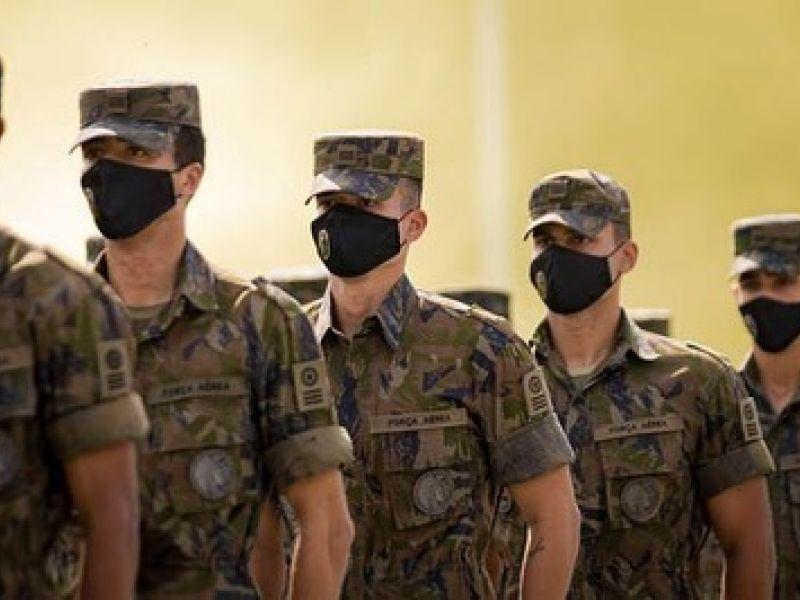 FAB libera retorno de militares não imunizados