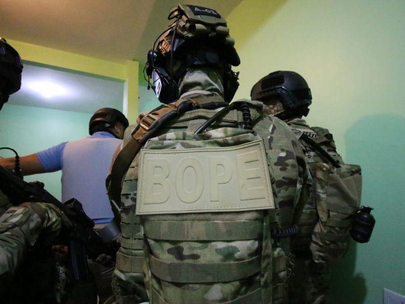 Policiais localizam fundador de organização criminosa que estava escondido em Pernambuco