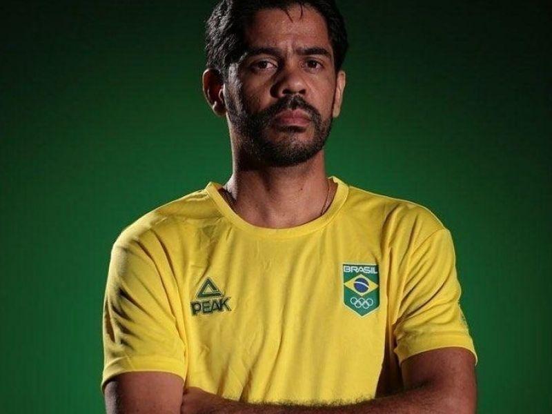 Cristiano Rocha é oficializado como treinador da seleção brasileira feminina de handebol