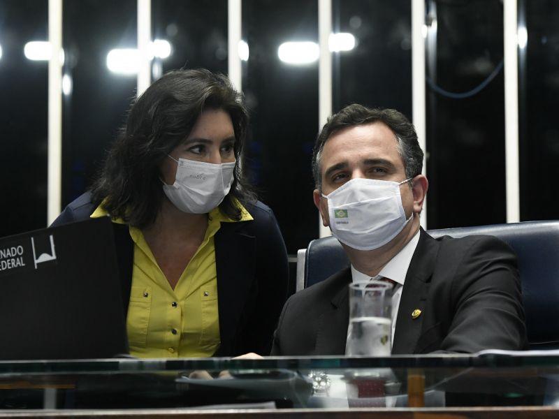 Presidente do Senado avisa a Neto que vai para o PSD