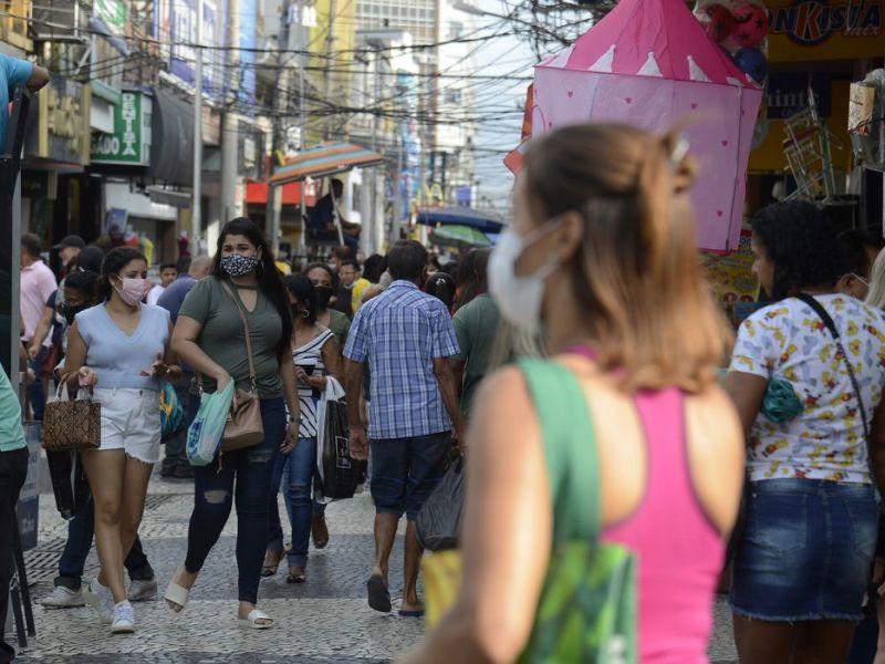 Covid-19: Brasil registra 451 mortes e 16.853 diagnósticos em 24 horas