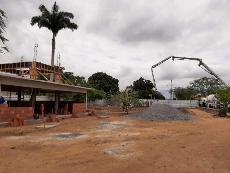 Santo Estêvão recebe investimentos em educação, infraestrutura e abastecimento de água