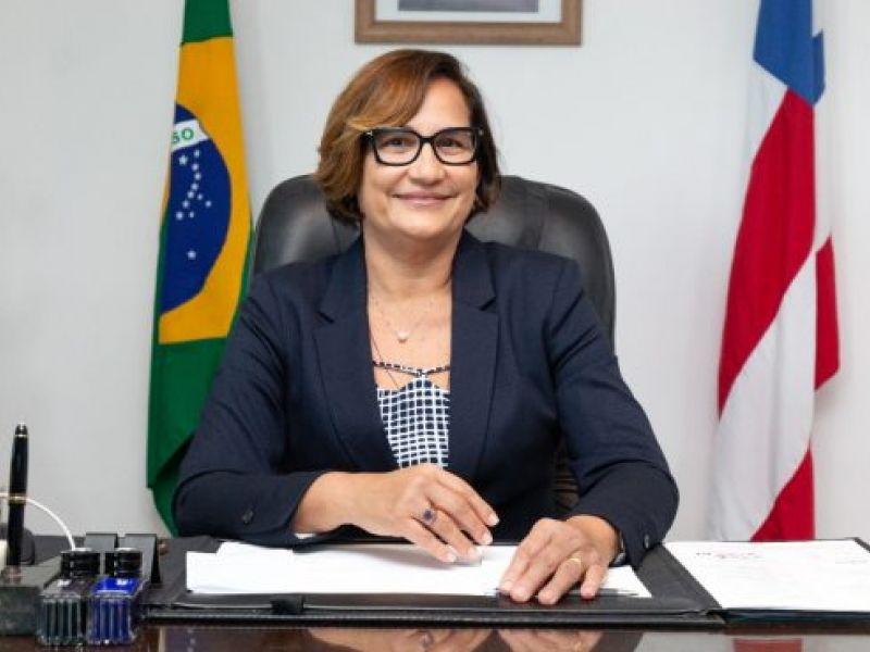 """Secretária da saúde afirma que a Bahia segue em """"zona de alerta"""" contra a covid-19"""