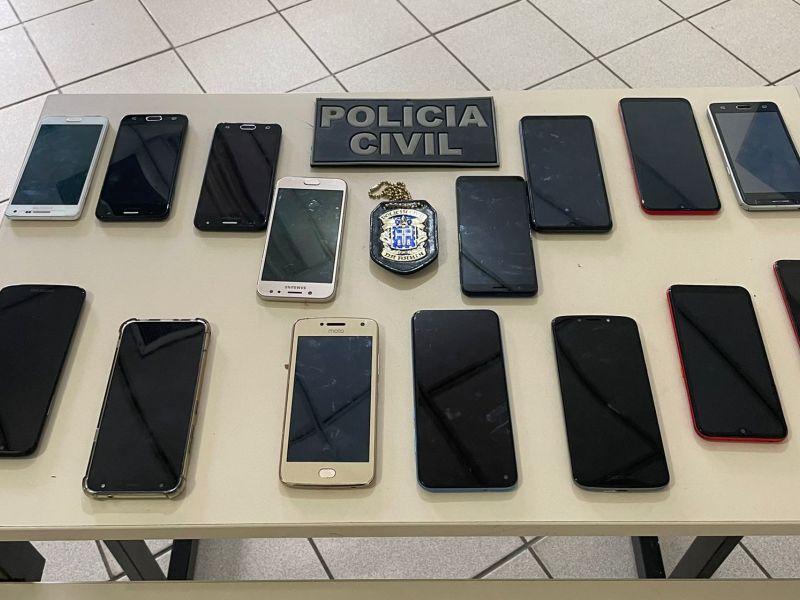 Comerciante é preso vendendo celulares com restrição de roubo