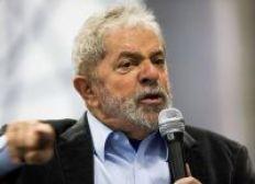 Democracia precisa de instituições fortes, defende Lula